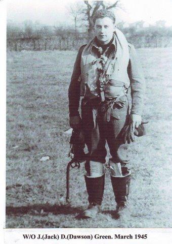 Foto van Jack gemaakt 4 dagen voor hij, op 17 maart 1945 's-middags om 15.00 uur, in Heinenoord sneuvelde