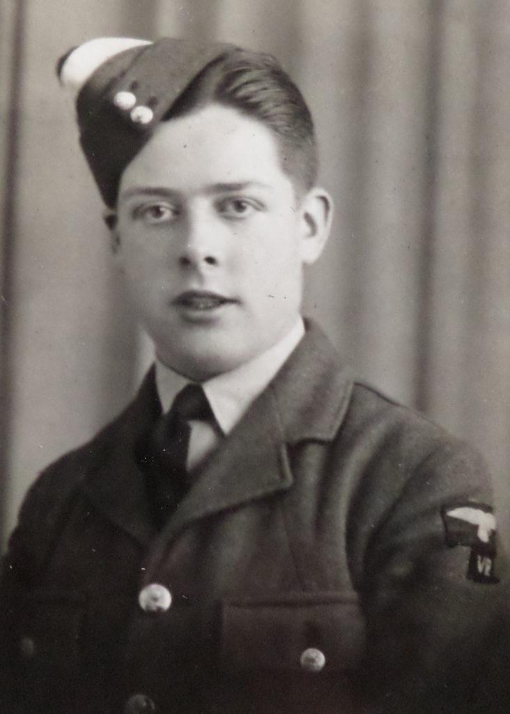K.J.H. (Ken) Nichol op ongeveer 22 jarige leeftijd (eigendom: K.J.H. Nichol, collectie: W. Ogier, Budel)